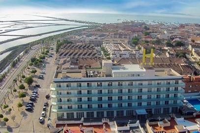 Los 10 hoteles cuatro estrellas más baratos de España